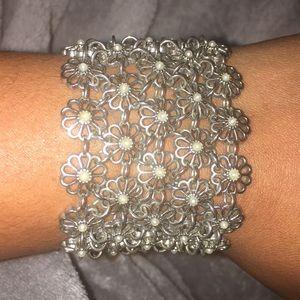 Vintage Jewelry - Beautiful Vintage Bracelet 🔥NWOT🔥